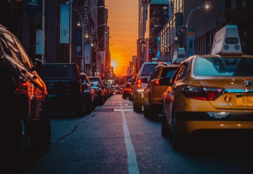 Popularność przejazdów z aplikacją mobilną